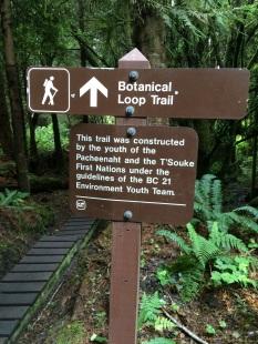 Botanical Beach Trailhead