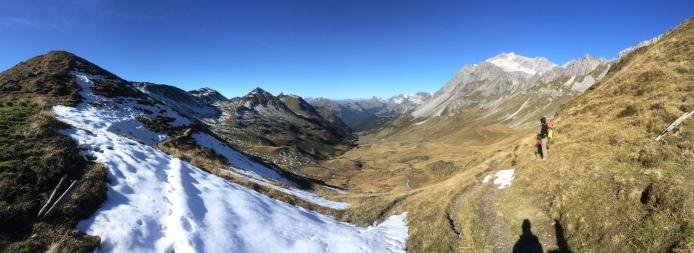 Still far to Carschinahütte?