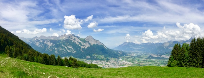 The Rhein valley and the peaks