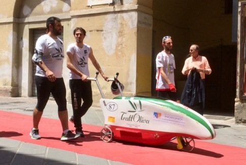Some kind of Bobsleigh competition on the street on the day of our arrival at Spoleto...