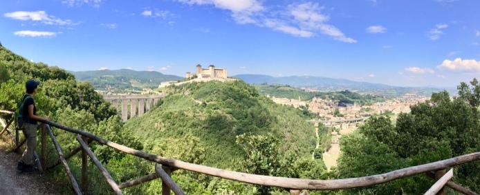 A 6-km walk, Giro dei Conotti, with a view of the bridge and Spoleto hilltop