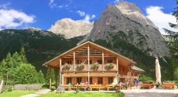 A cute hütte, Talschlusshütte (1548m)