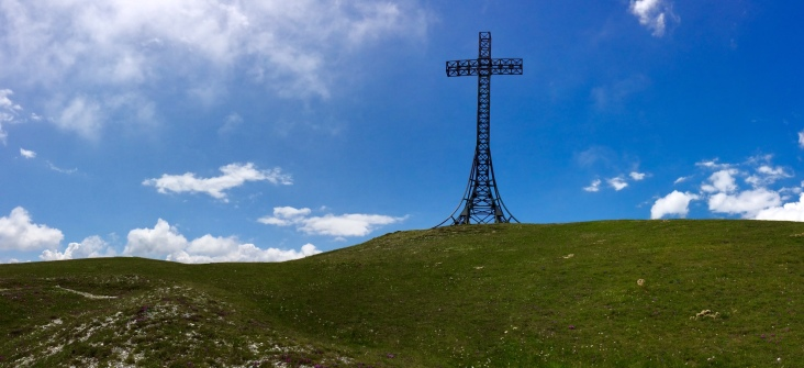 The Cross at M. Catria