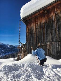 Yasuko snow-blazing into the house to get a garage key