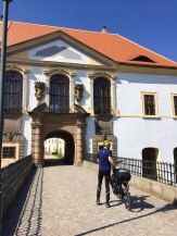 Percy in front of the Decin Castle