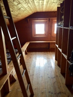 A hut room