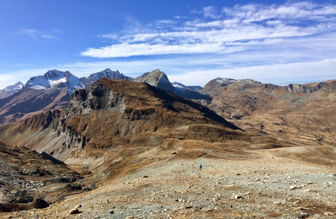 Heading towards the Lunghin Pass