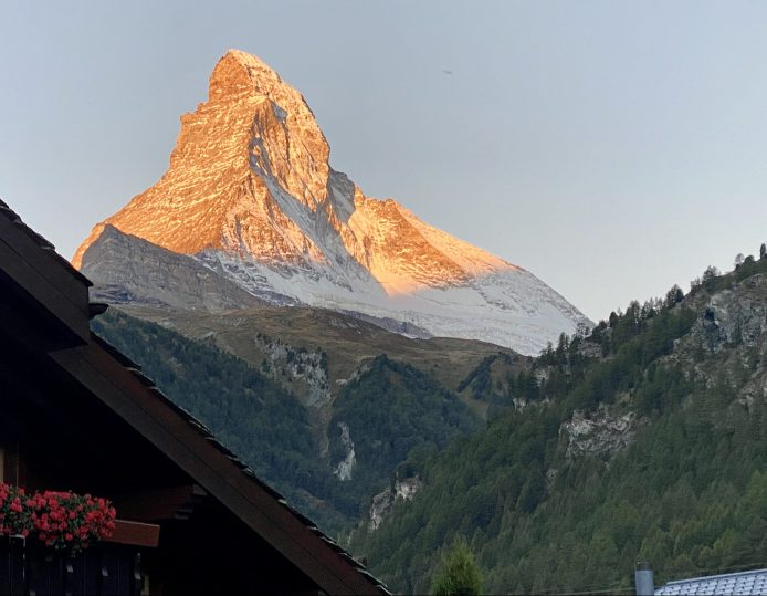 Our 2nd day starts with a shining Matterhorn and blue sky!